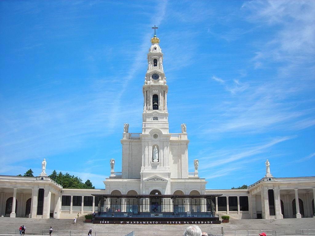 Roteiro de PORTUGAL – 07 dias – Família Canção Nova – Casas religiosas